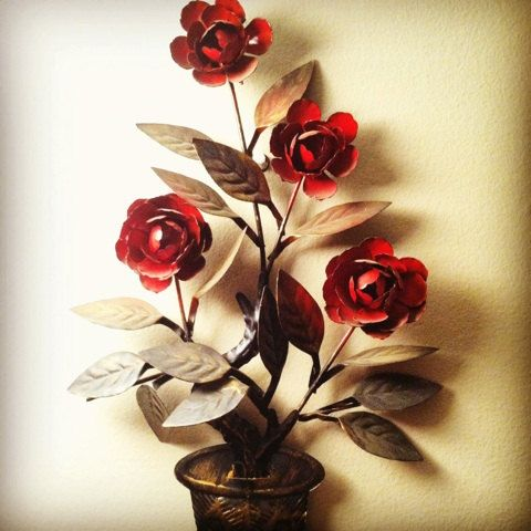 Metal Rose Wall Art Antiques Classics Treasures & Other Relics Team Treasurymiss