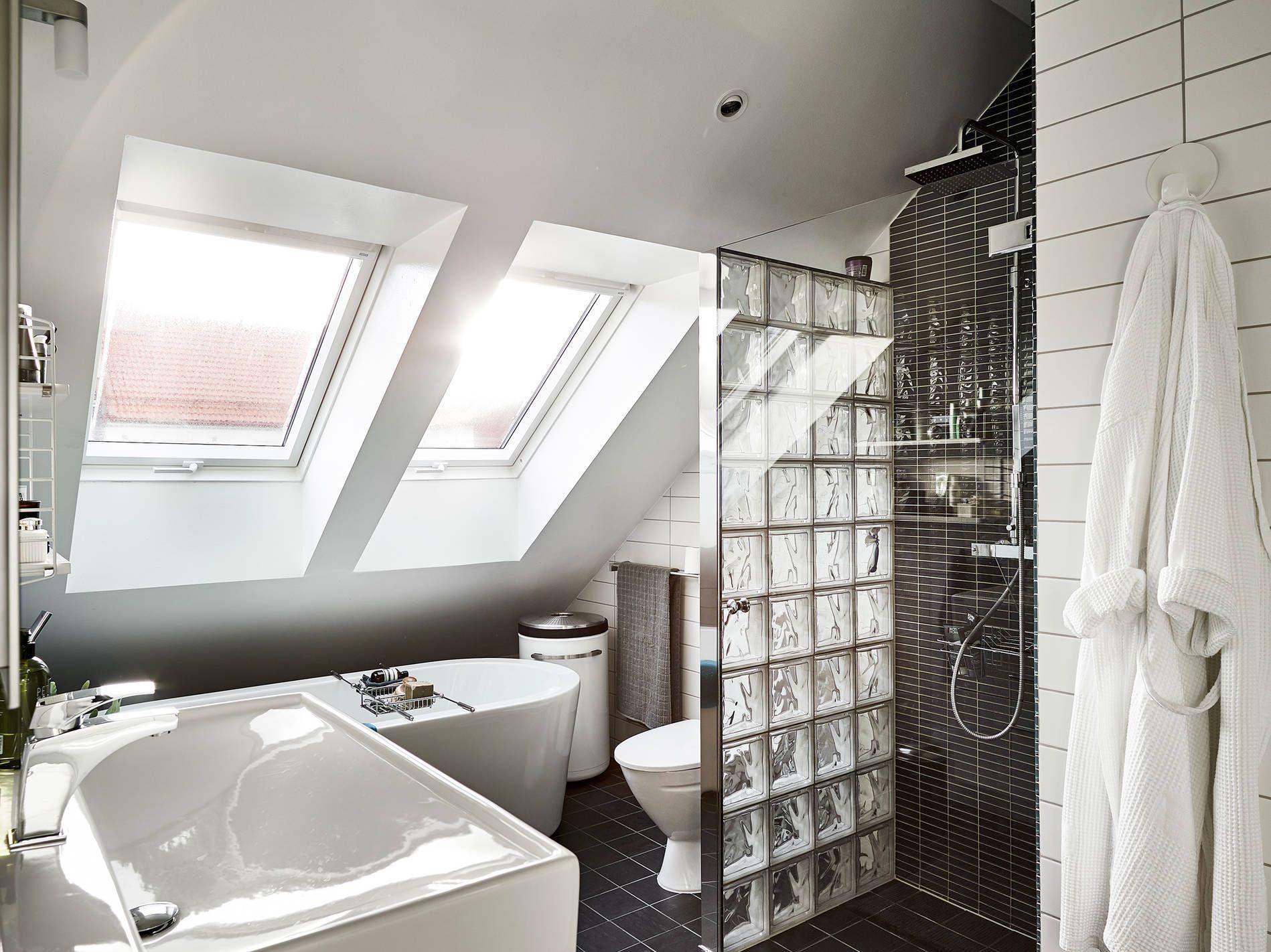 Foornipl Mieszkanie Na Poddaszu łazienka Ze Skosem