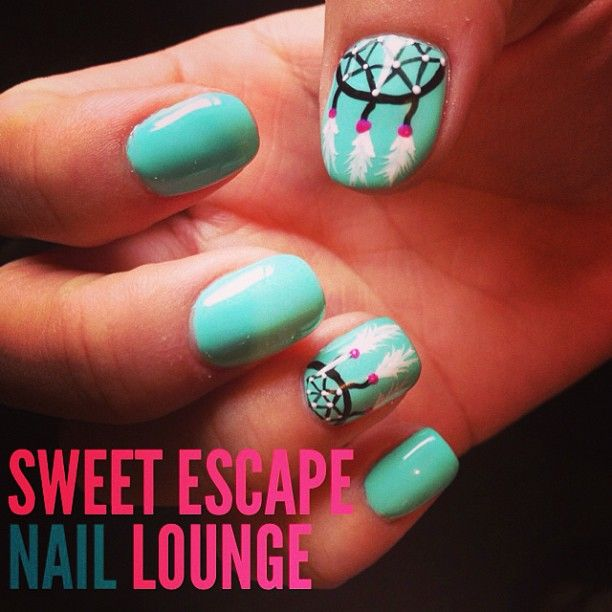 dream catcher aqua nail art