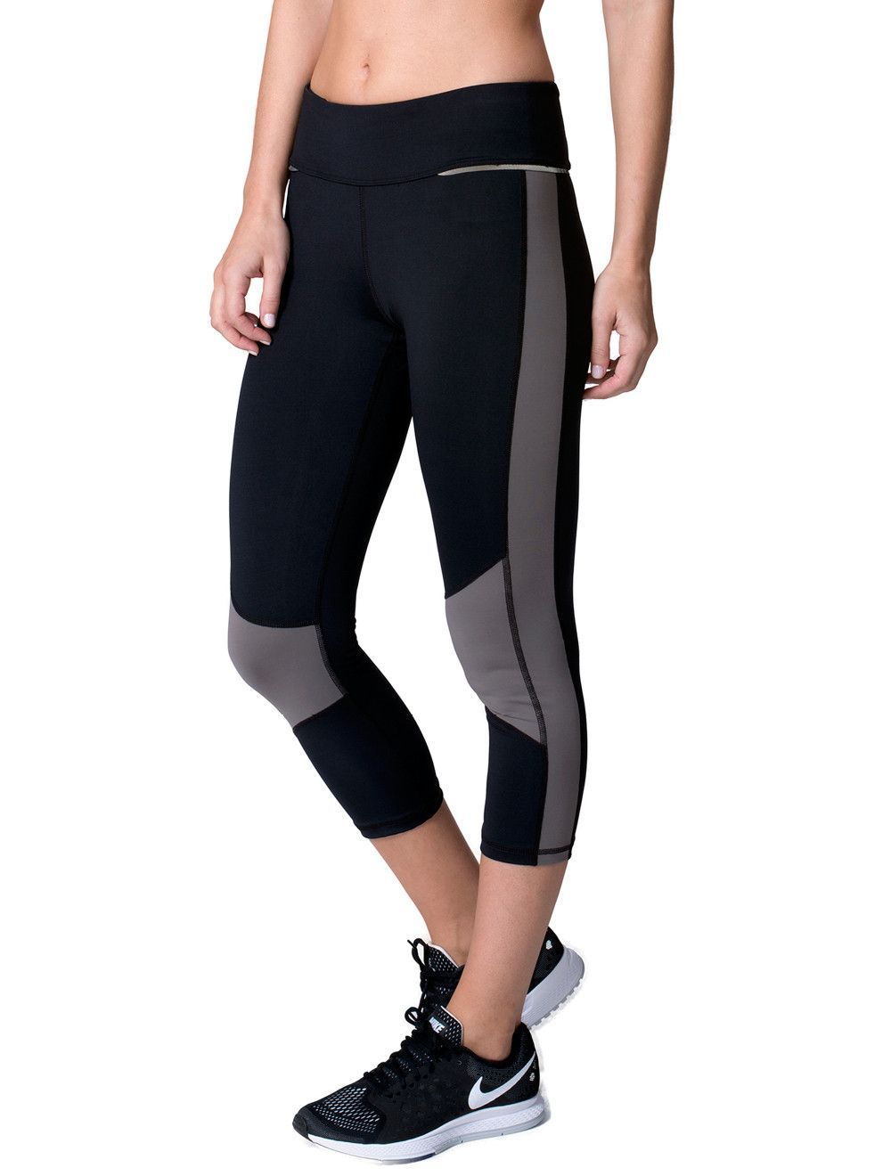 48680e6ce06bef These Are The Ultimate Yoga Pants For Every Pose