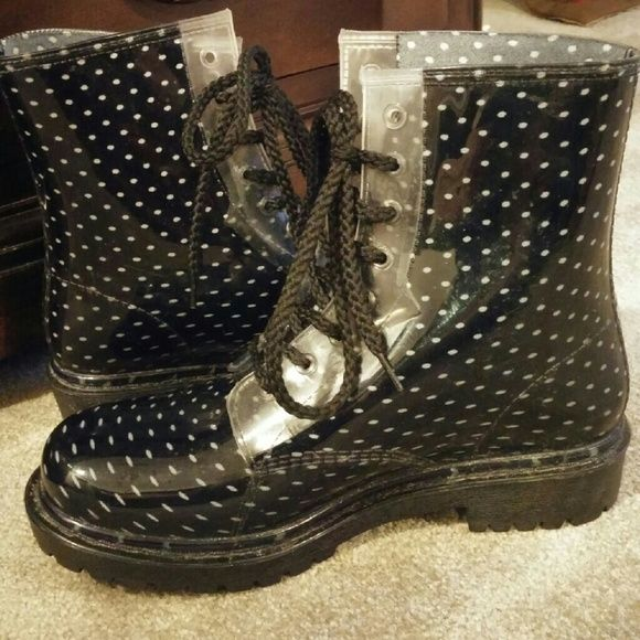 Dirty Laundry rain boots Dirty Laundry bootie rain boots black with white poke a dots size 8 Dirty Laundry Shoes Winter & Rain Boots