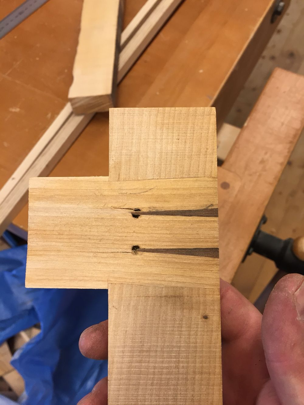 inside a wedged mortise and tenon joint | woodworking
