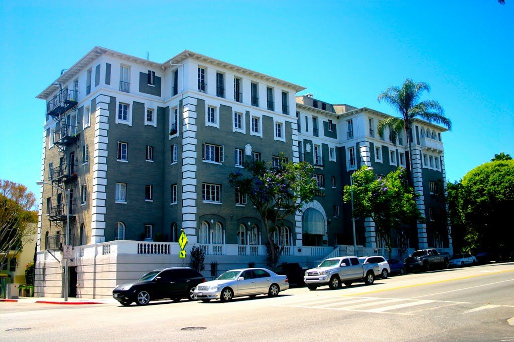The Italian Villa Classic Old Hollywood Apartments West