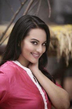 Sonakshi Sinha sexy Bilder