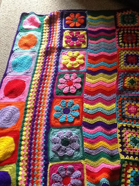 rows of different crochet patterns Link to the pattern (free on Ravelry)