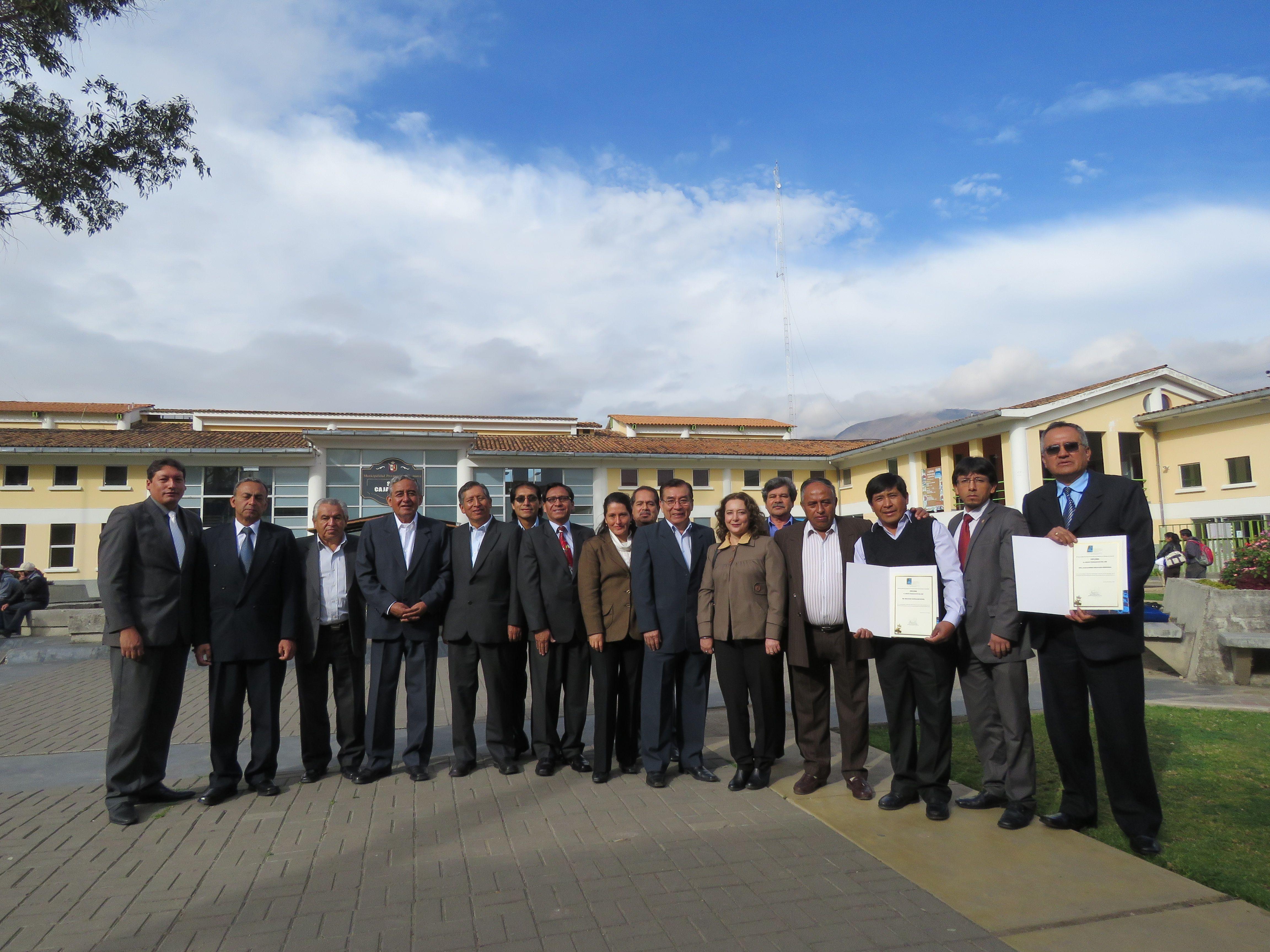 Personal de la EPS SEDACAJ S.A. recibe reconocimiento por la MPC