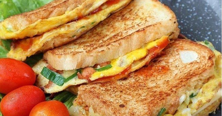 Roti John Adalah Roti Isi Omelet Yang Aslinya Merupakan Jajanan Khas Yang Berasal Dari Negeri Jiran Malaysia Namun Untuk Bis Resep Resep Masakan Resep Makanan