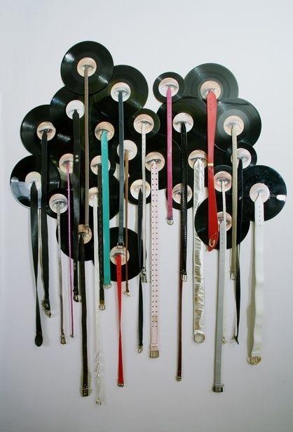 20 Amazing Pieces Of Vinyl Record Art Vinyl Record Crafts Record Crafts Vinyl Record Art