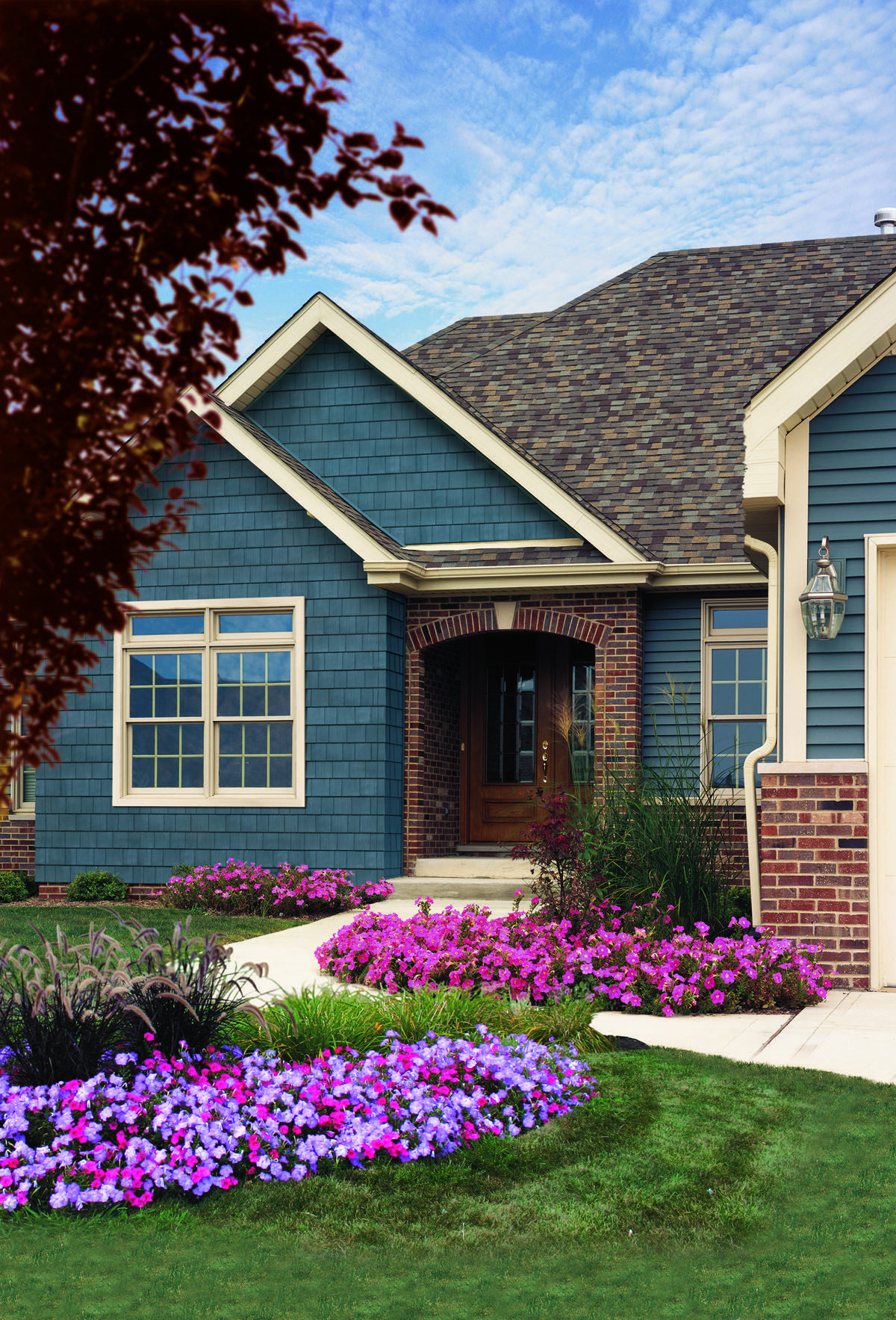 If variety is the spice of life cedar impressions double for Vinyl siding colors on houses