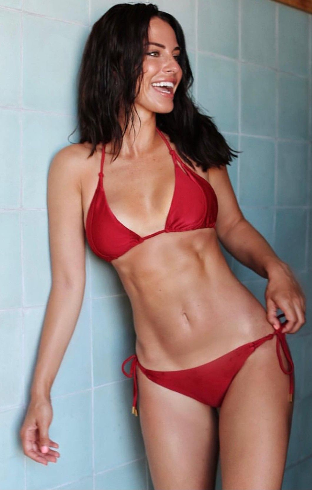21a88068ae Jessica Lowndes
