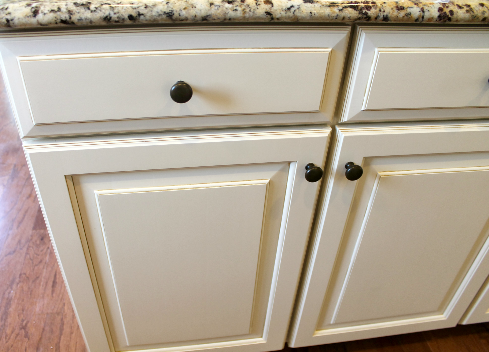 Kitchen Cabinet Paints And Glazes Timberlake Rushmore Painted Maple Glaze Cabinets Ryan Homes