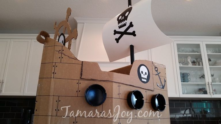 Boys Kids Costume, DIY Cardboard Pirate Ship #diypiratecostumeforkids DIY Boys Kids Costume. It's a pirate ship made from Cardboard! TamarasJoy.com #diypiratecostumeforkids Boys Kids Costume, DIY Cardboard Pirate Ship #diypiratecostumeforkids DIY Boys Kids Costume. It's a pirate ship made from Cardboard! TamarasJoy.com #diypiratecostumeforkids
