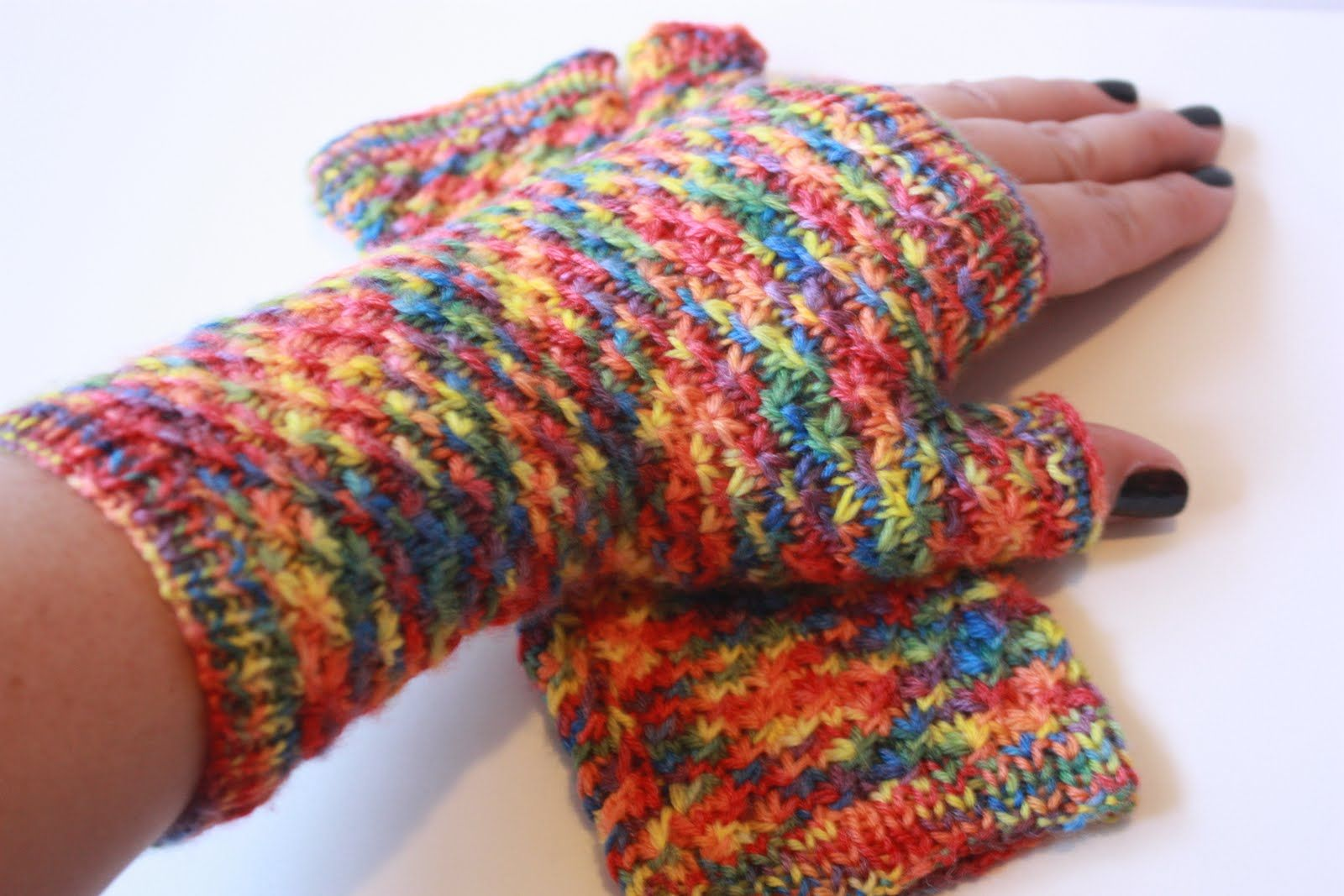 variegated knitting yarns - Google Search | Fingerless ...