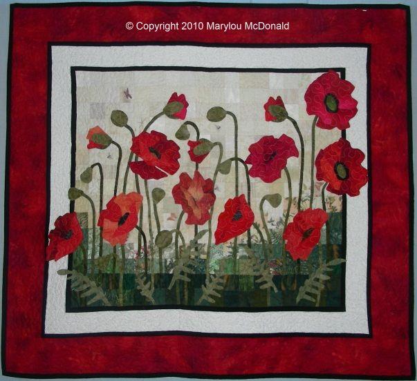 Quilt!  Oeuvre d'Art!          Poppies Quilt                         par Marylou McDonald                                                       So Beautiful...
