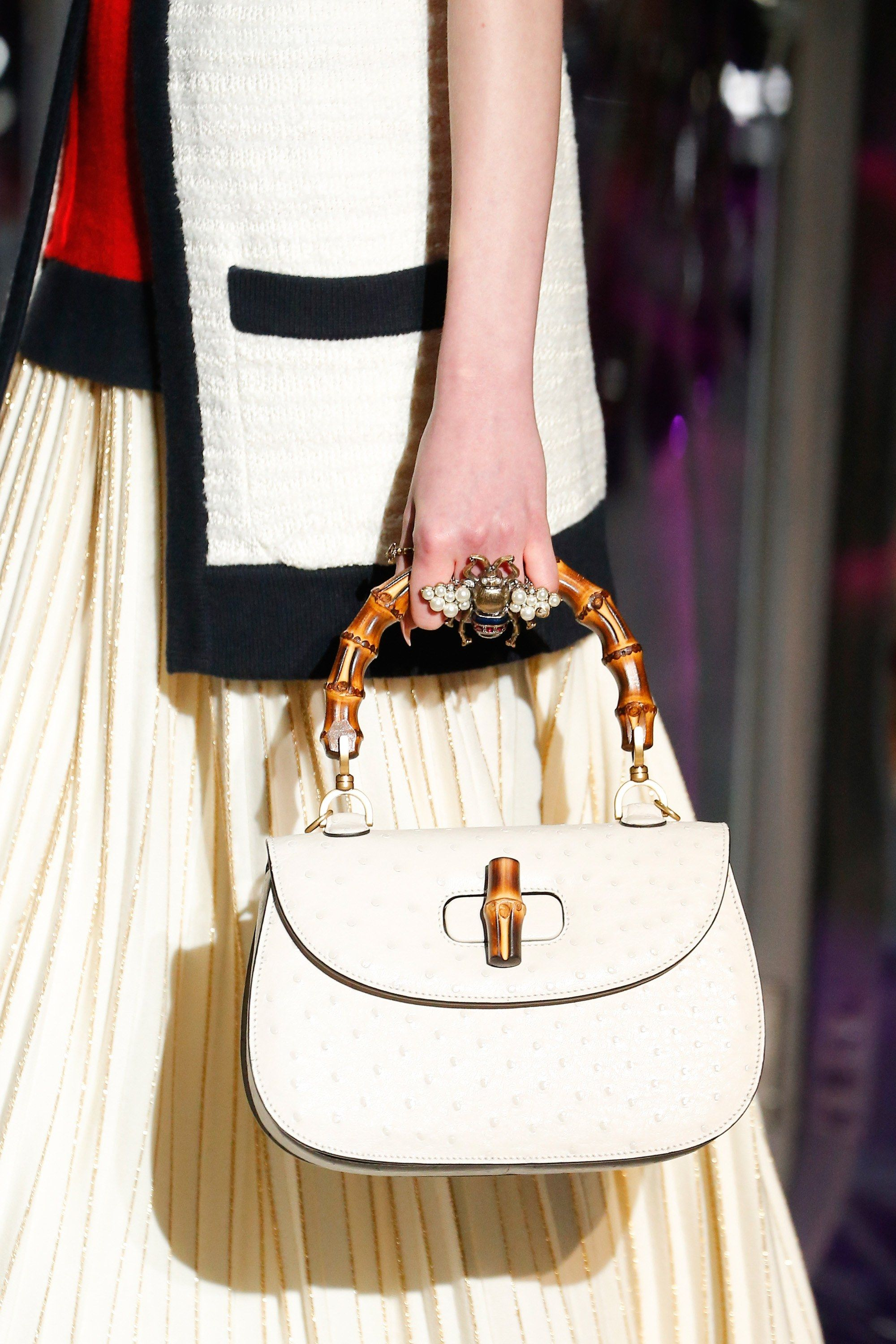 8f1d3dceee17 Gucci Fall 2017 Ready-to-Wear Accessories Photos - Vogue