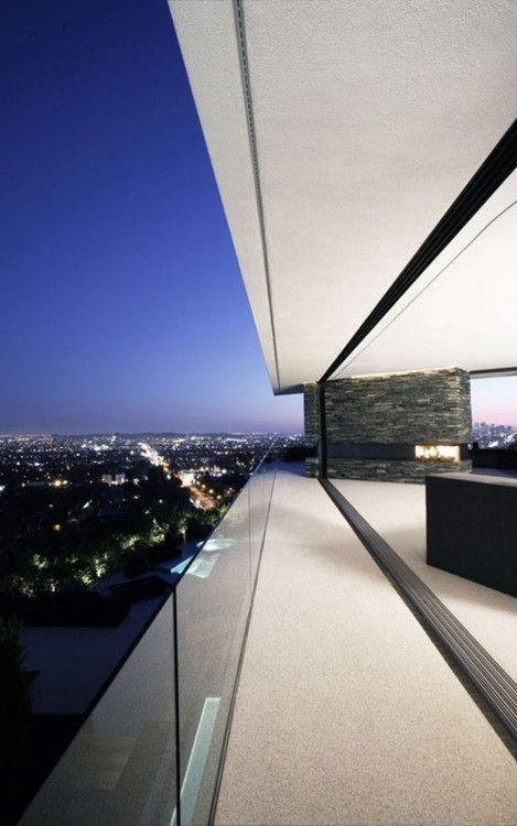 Penthouse - sleek glass balcony with amazing unobstructed views and a modern fire place @}-,-;—