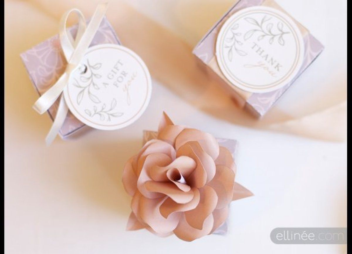 13 Wedding Favors You Can Get For Free