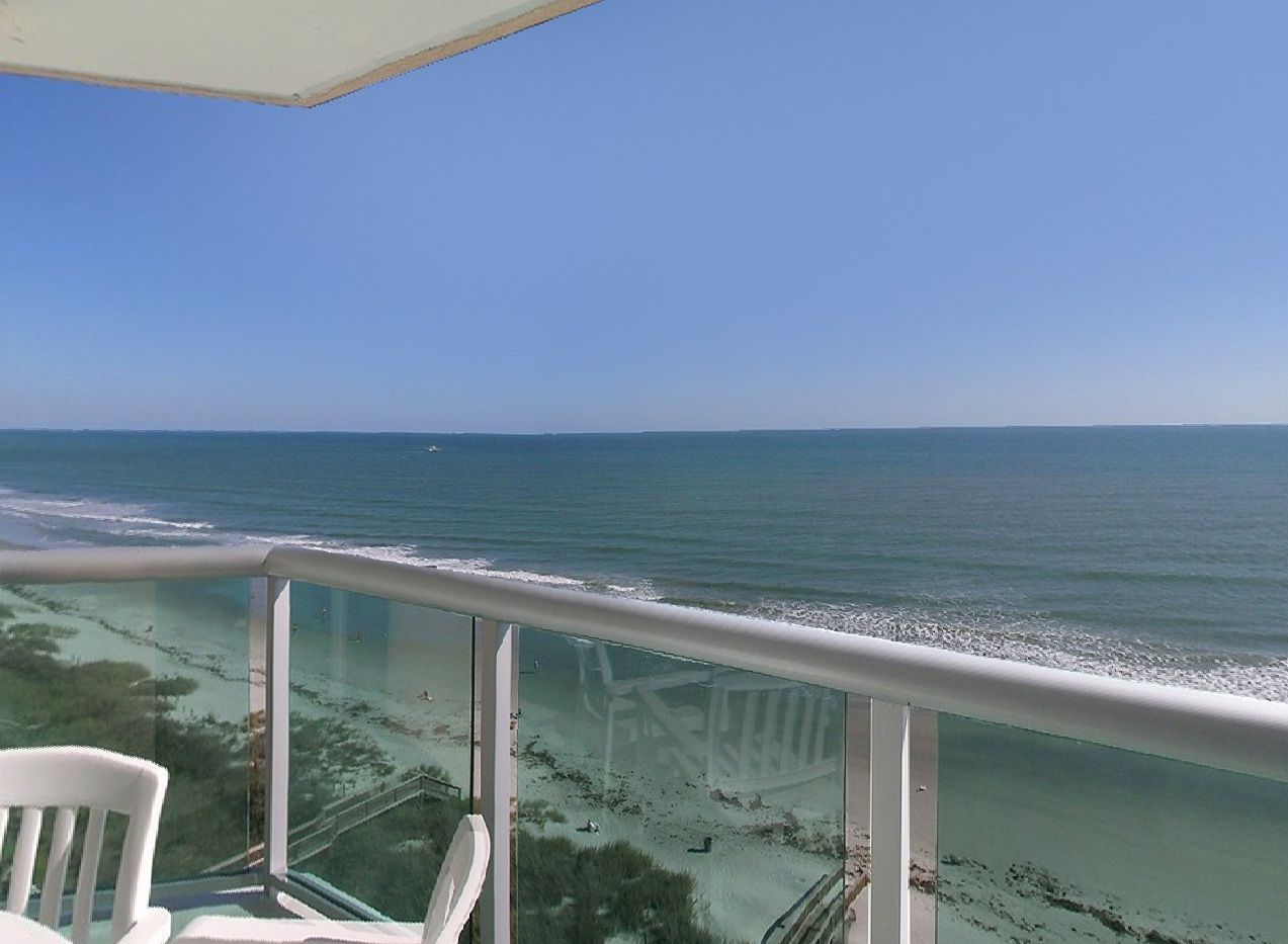Bluewater Keyes An Oceanfront Resort With A Fun Tropical Atmosphere And Popular Features For A Special Vacation Rel Myrtle Beach Area Beachfront Oceanfront