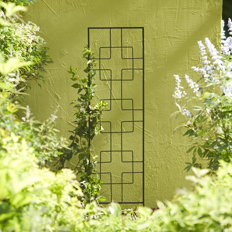 Shop Garden Treasures 12 in W x 48 in H Black Zen Garden Trellis at