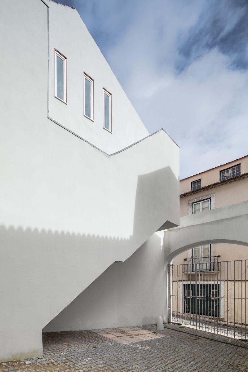 Alvaro Siza Vieira atelier museu júlio pomar . lisboa