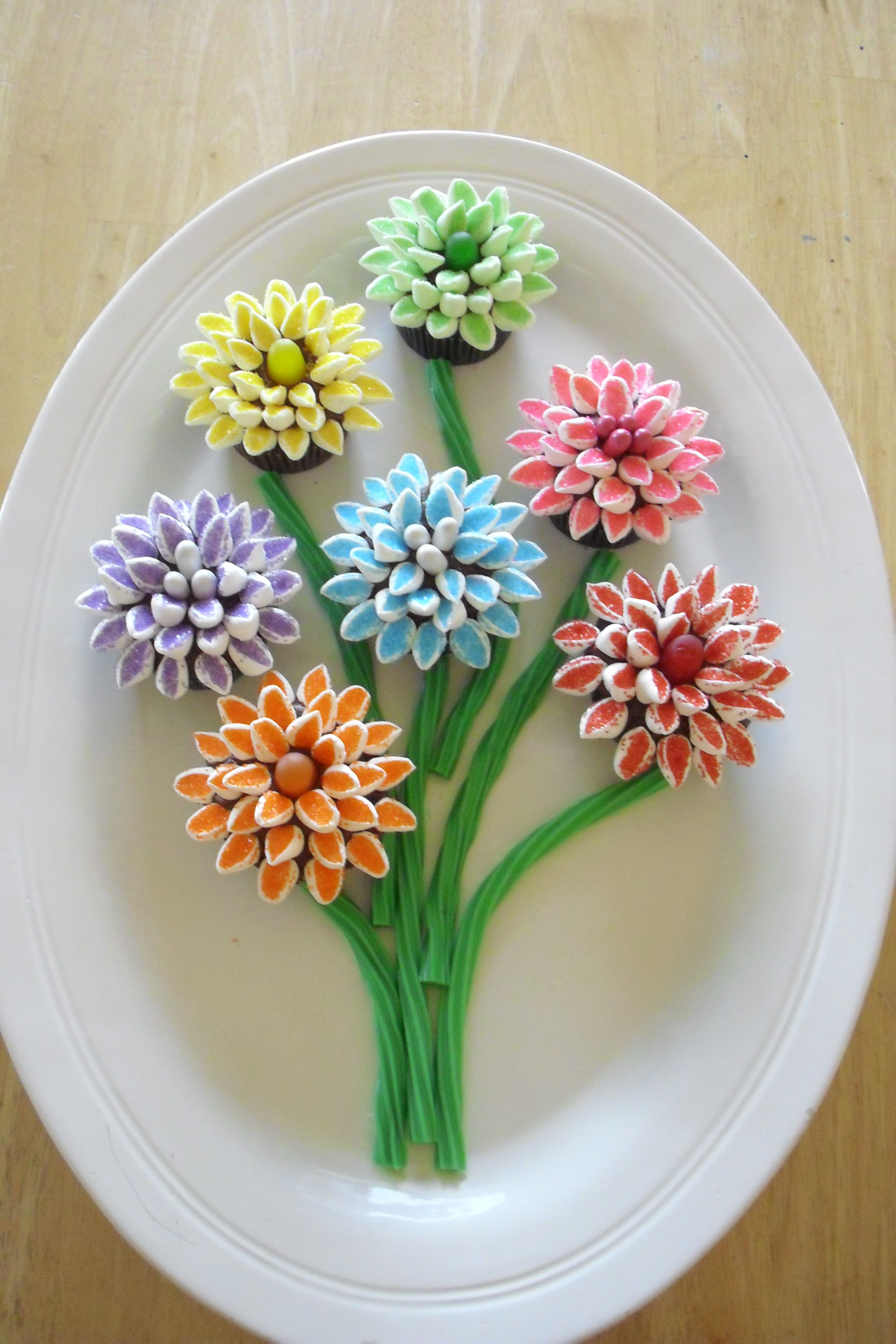 Bouquet of flowers cupcakes my food pinterest flower