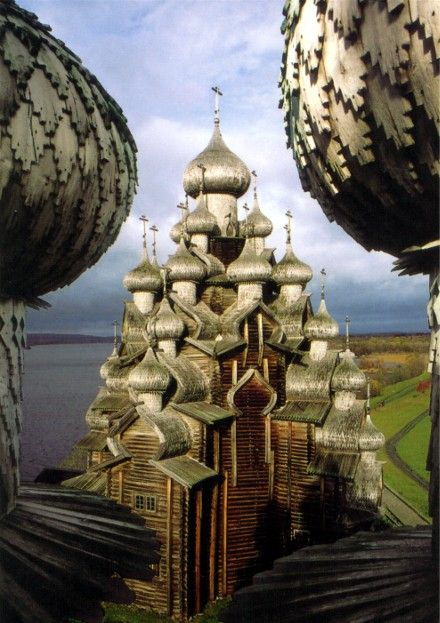 Kizhsky Pogost, include two churches and a octagonal bell-tower standing between them. One of the churches is 32-domed Transfiguration Church, built in 1714. The interior is decorated with four stunning stepped iconostasis consisting of 18th century icons.