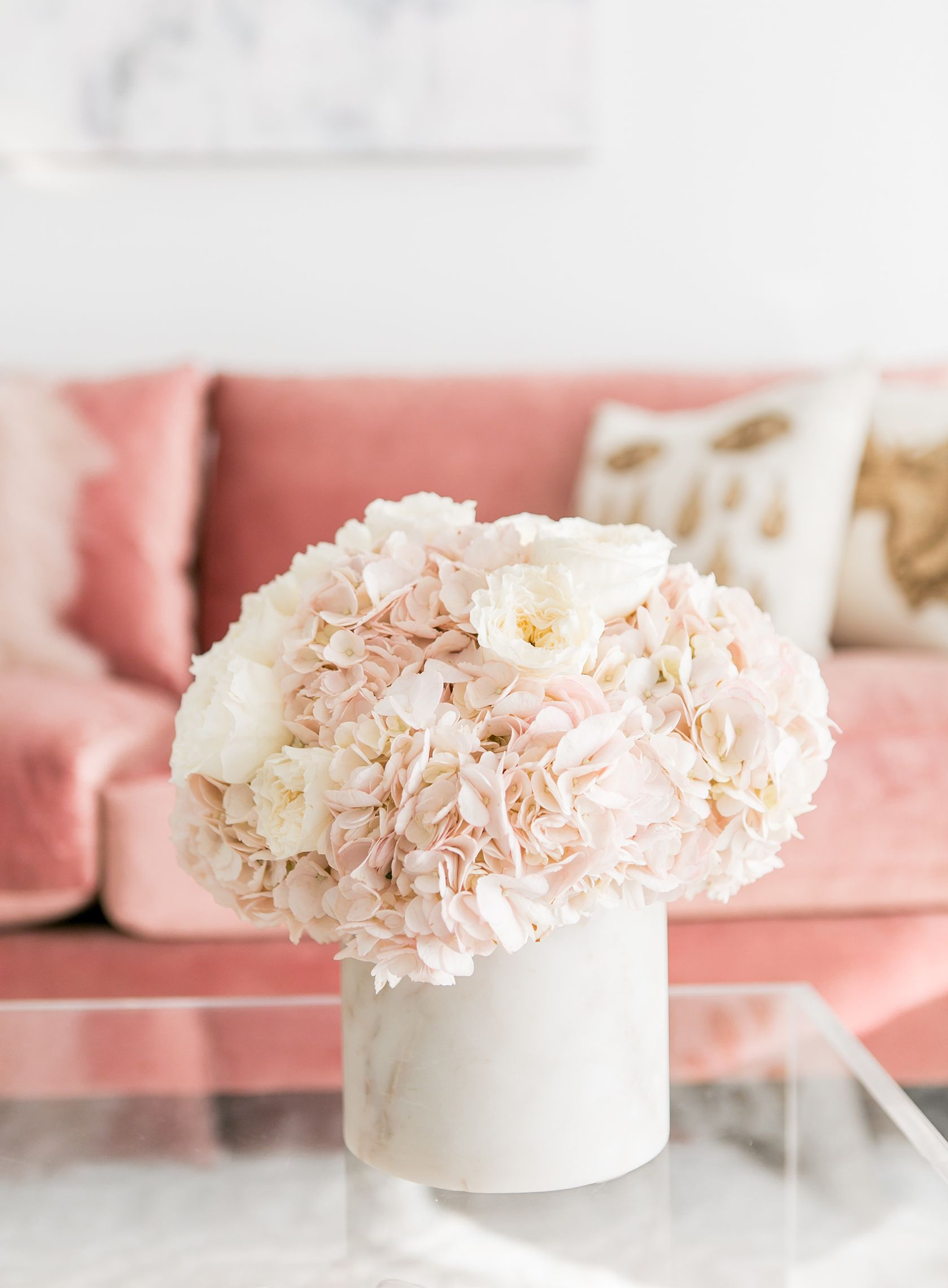 Sydne Style Shows How To Make A Hydrangea Floral Arrangement #home #decor  #homedecor · Blush Living RoomFloral ...
