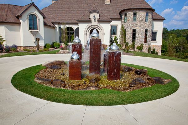 Front yard circle google search front yard pinterest for Garden design ideas for driveways