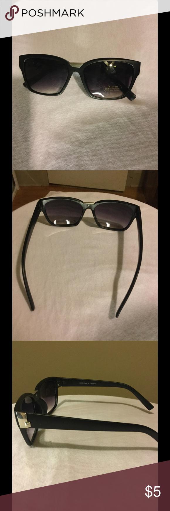 Sunglasses Great condition Accessories Sunglasses