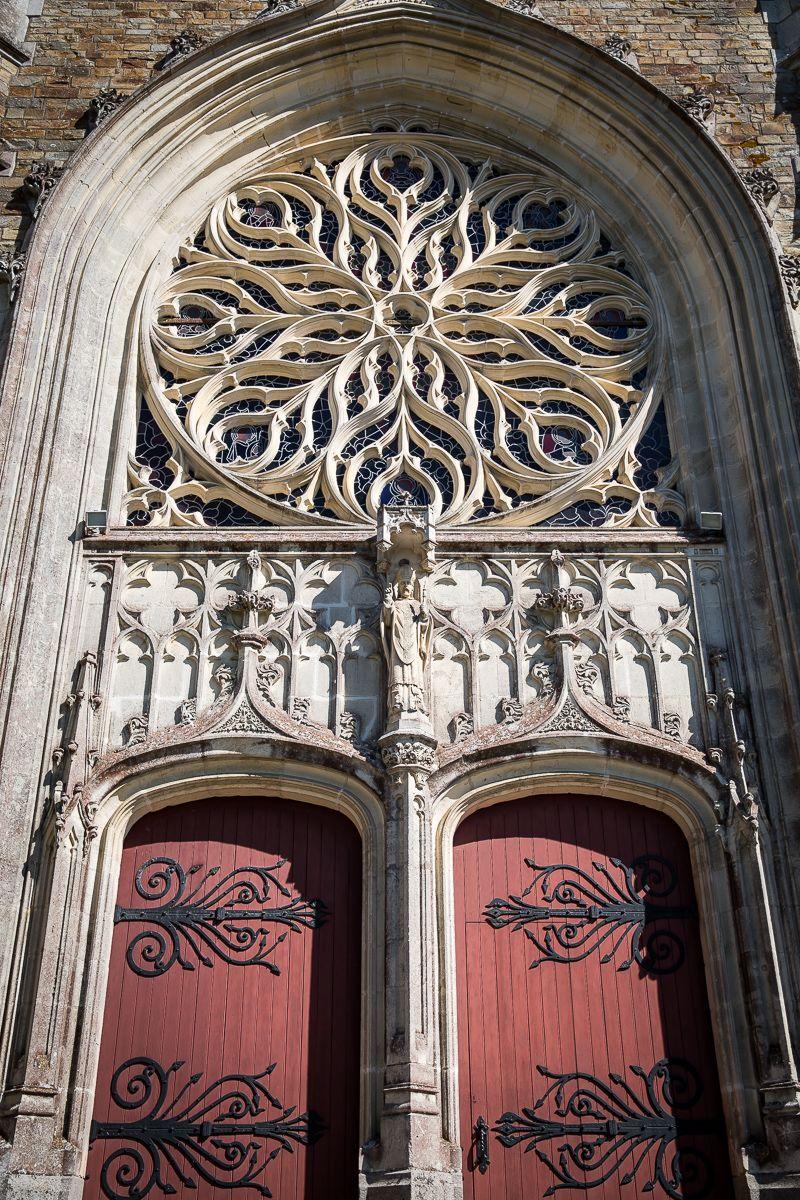 L Eglise Saint Martin Date Du Debut Du Xxeme Siecle œuvre De L Architecte Theodore Nau Elle Est Situee A Rouans En Loire Saint Martin Eglise Et Saint