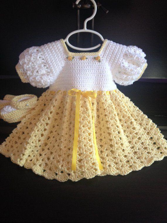Häkeln Sie Baumwolle Babykleid Booties gelb und weiß 3-6 mo #vestidosparabebédeganchillo