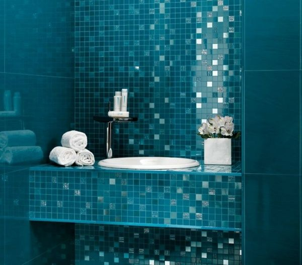 Faïence murale avec un effet miroir pour votre salle de bains ...