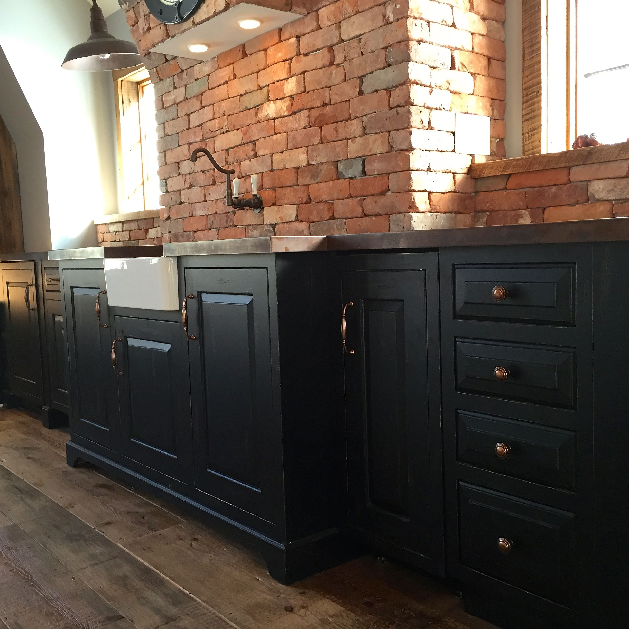 Plain Fancy Kitchen Cabinetry Governor S Black Brushmark Crackle Finish Adds To The Old World Feel Pa Fancy Kitchens Apron Front Sink Kitchen Cabinetry