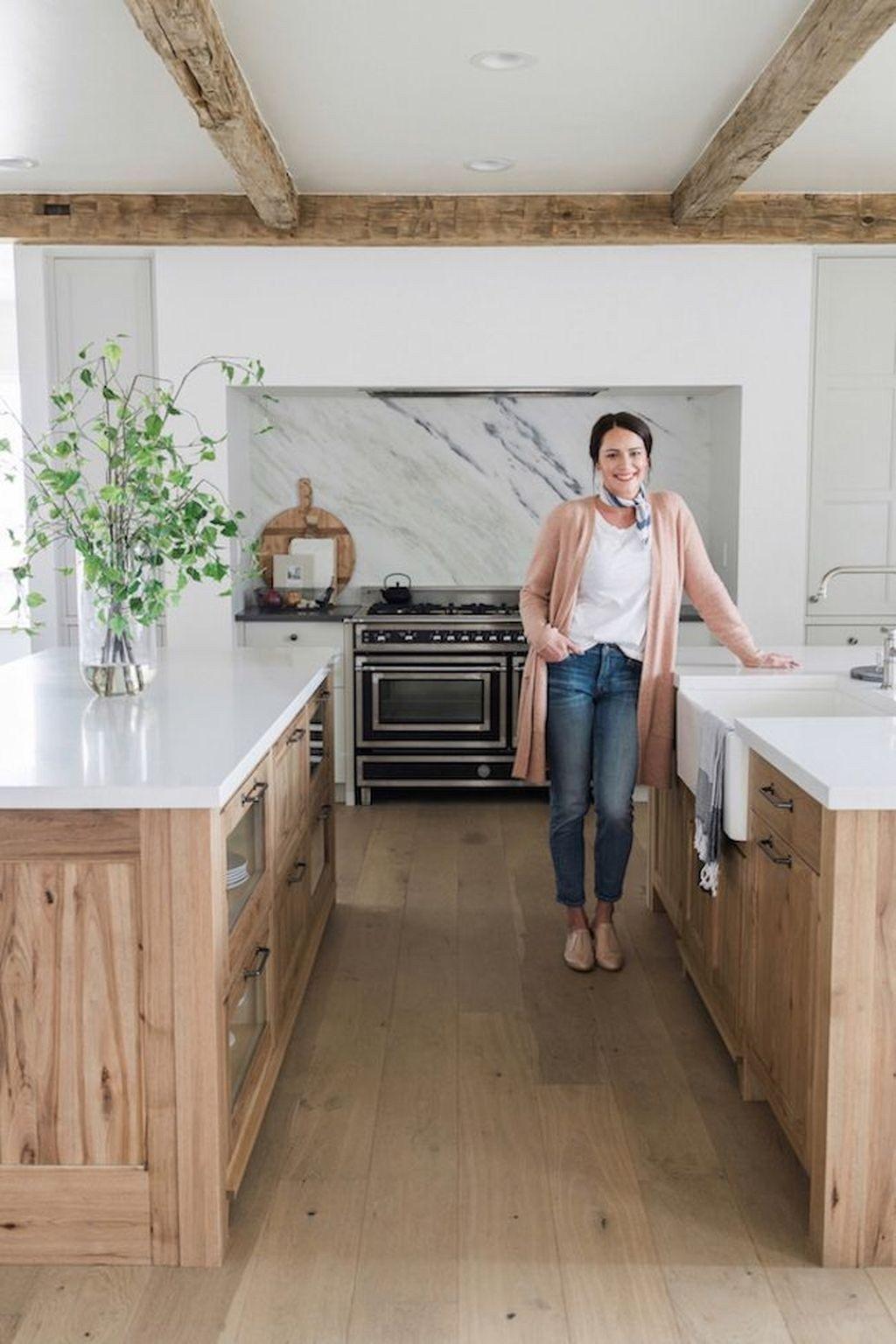 48 Lovely Farmhouse Kitchen Ideas To Make Cooking More Fun