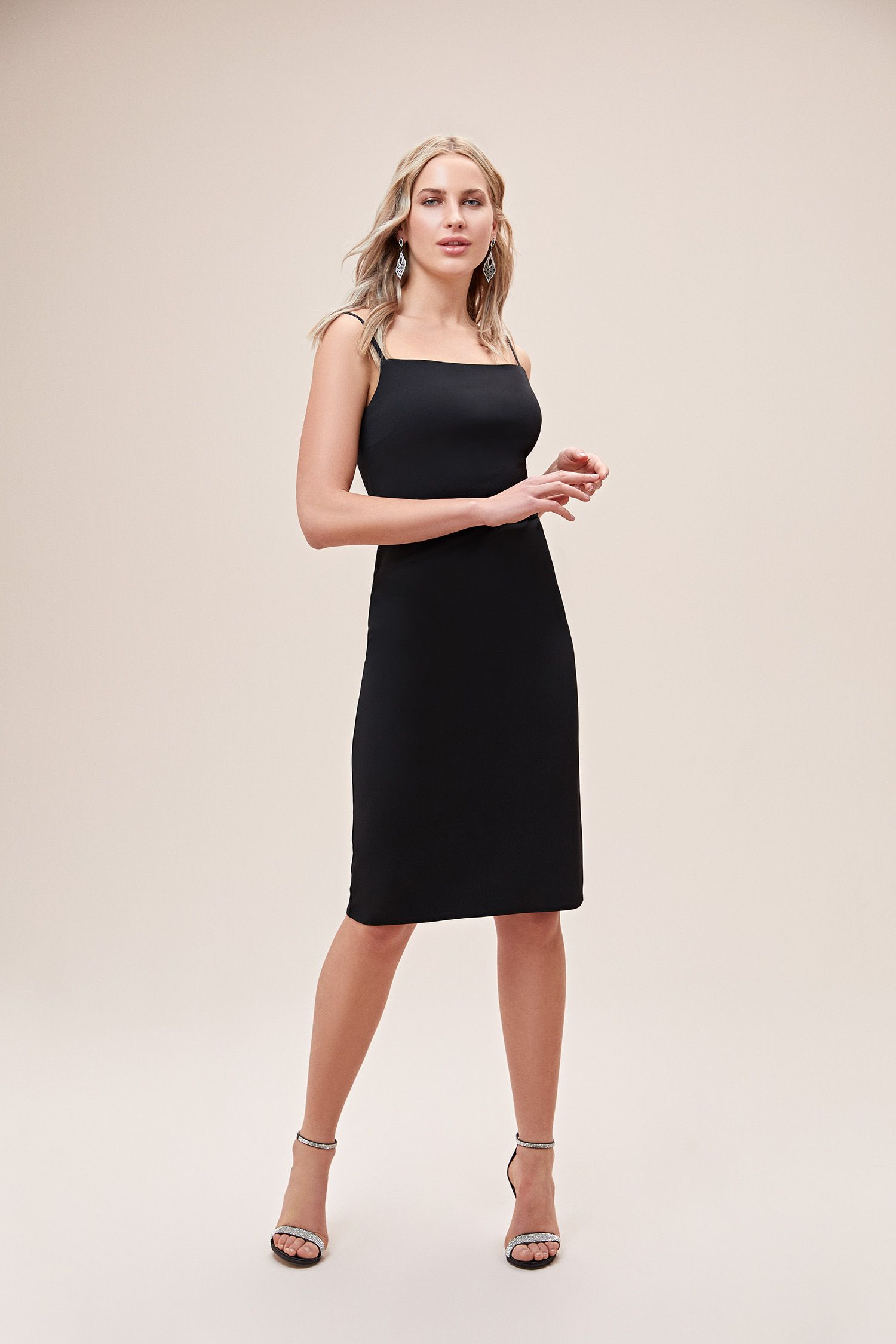 Siyah Ince Askili Midi Boy Krep Elbise 2020 Elbise The Dress Elbiseler