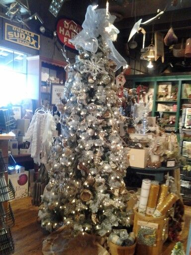cracker barrel christmas treeso much prettier in personi want it
