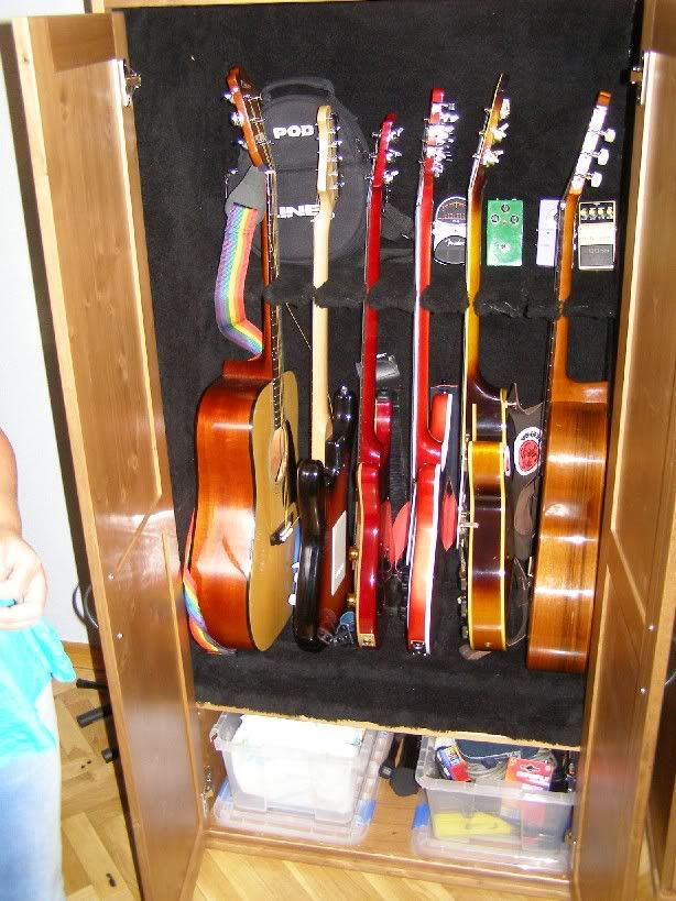 Armario guitarras bricolaje pinterest guitarras for Mueble guitarras