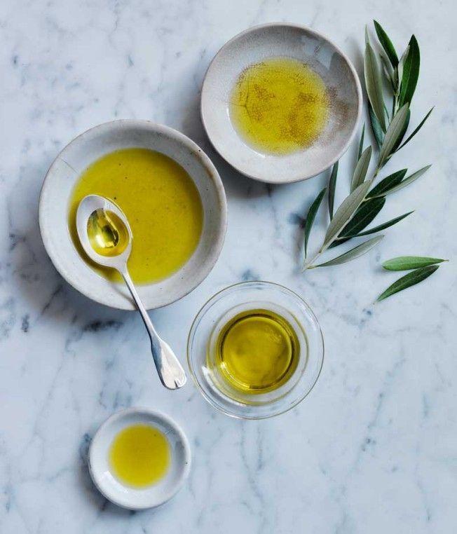 How to Taste Olive Oil | Williams-Sonoma Taste #oliveoils