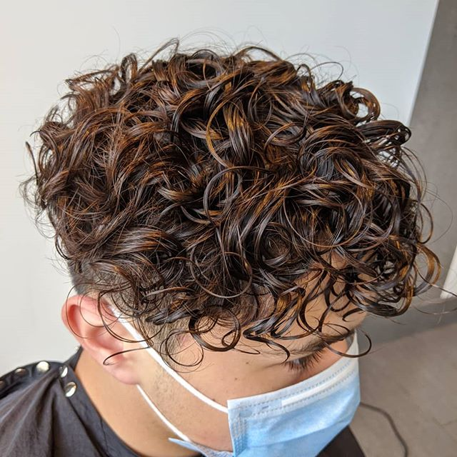 30+ Mens loose perm long hair trends