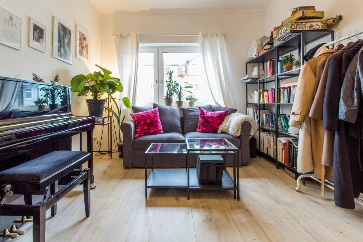 Kreatives Wohnzimmer In 2020 Wohnzimmer Wohnzimmer Inspiration Haus Deko
