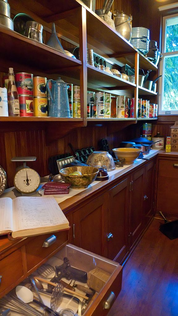 Historic Victorian Kitchen Cabinets An Important Element: Early 20th Century Pantry In Pittock Mansion In 2019