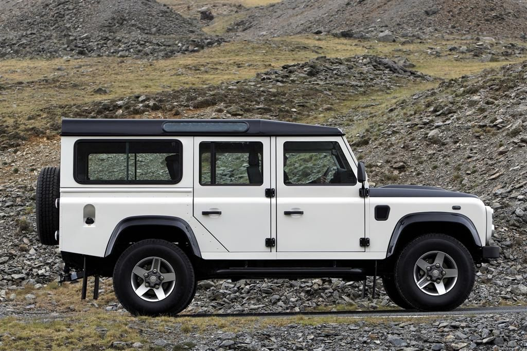 2010 Land Rover Defender | One Day!!! | Pinterest | Land rover ...