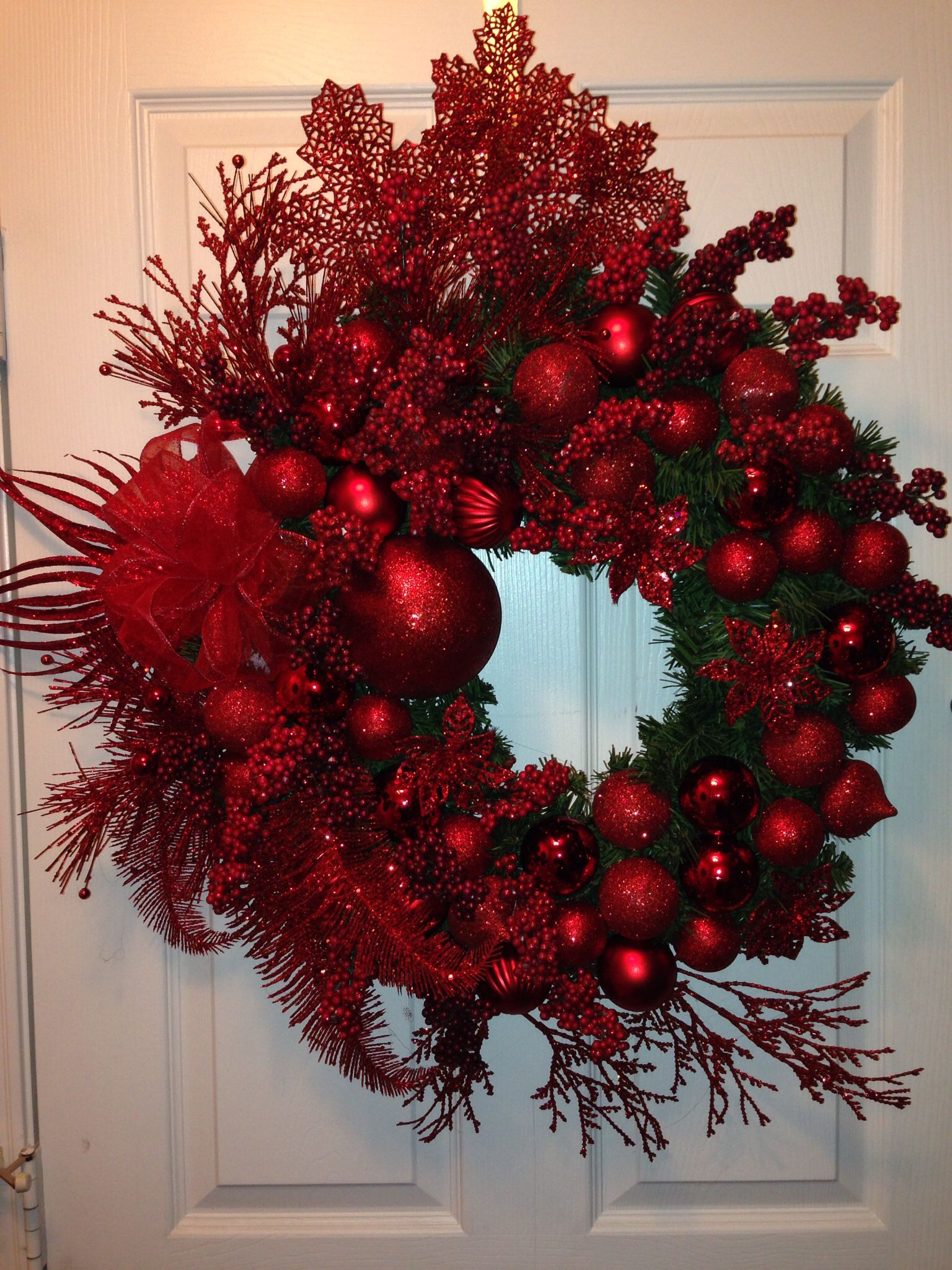 Made This Red Christmas Wreath This Morning It S Huge N
