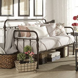 Homevance Alaina Day Bed Daybed In Living Room Small Guest Bedroom Daybed Room