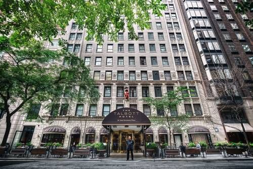 The Talbott Hotel Chicago Illinios Located Between Famed Dining And Ping Scenes On