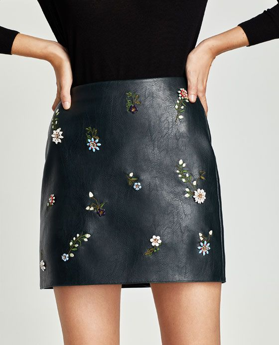789a8d5e Zara black leather and flower embroidered mini skirt | Image ...
