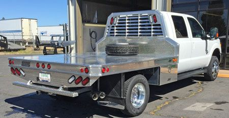 Protech Aluminum Flatbed With Underbody Toolbox On Ford
