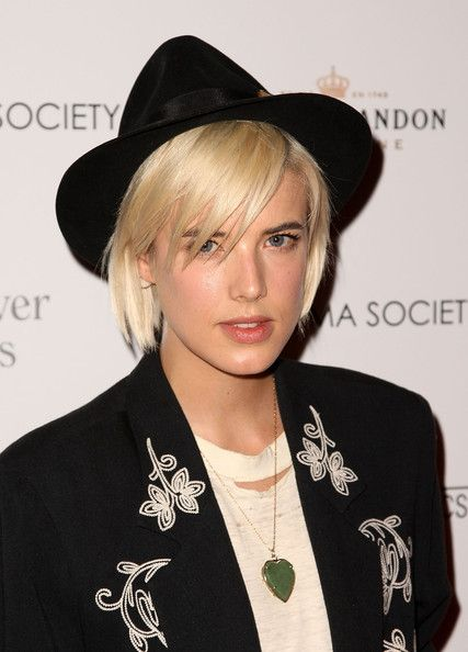 """Agyness Deyn Photos Photos - Model Agyness Deyn attends a screening of """"Whatever Works"""" hosted by the Cinema Society and The New Yorker at Regal Cinema Battery Park June 10, 2009 in New York City.  (Photo by Stephen Lovekin/Getty Images) * Local Caption * Agyness Deyn - The Cinema Society Screening Of """"Whatever Works"""" - Inside Arrivals"""