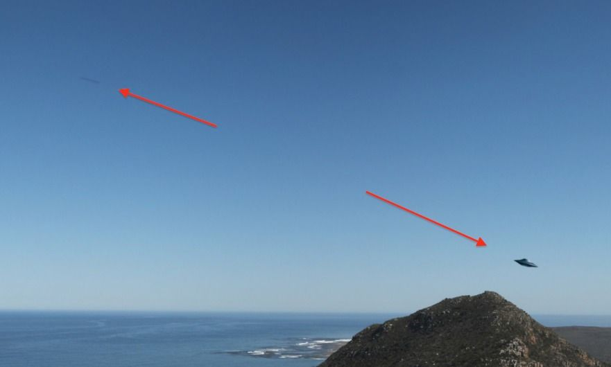 Photo of UFO sighting over Cape Town, South Africa caught close up by Google Earth! Video teaches U 2 find it.