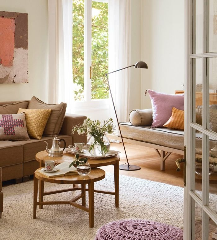 Table gigogne  idées inspirantes comment décorer un petit salon